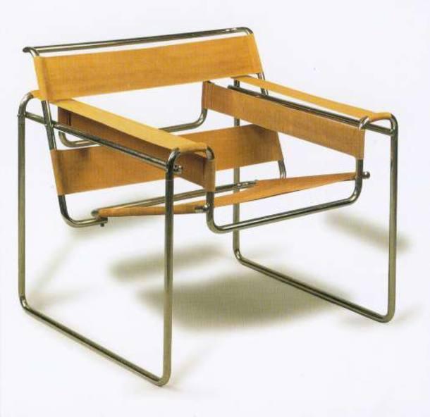 A poltrona Wassily, de 1925, feita em tubos de aço cromado; cadeira de autoria de Marcel Breuer