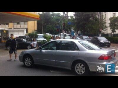 Pedestres não têm tempo para atravessar cruzamento em Higienópolis