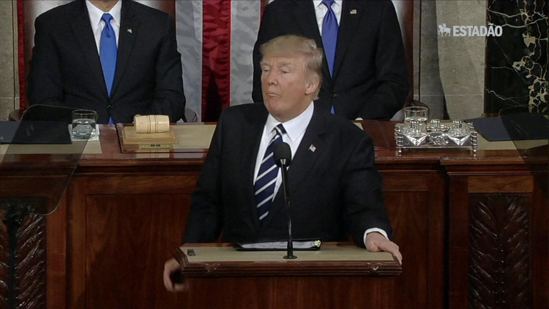 Trump faz primeiro discurso no Congresso