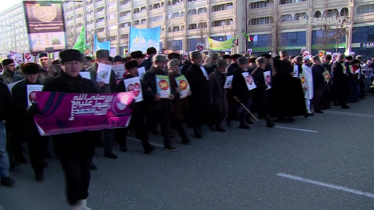 Milhares protestam contra 'Charlie Hebdo' na Chechênia
