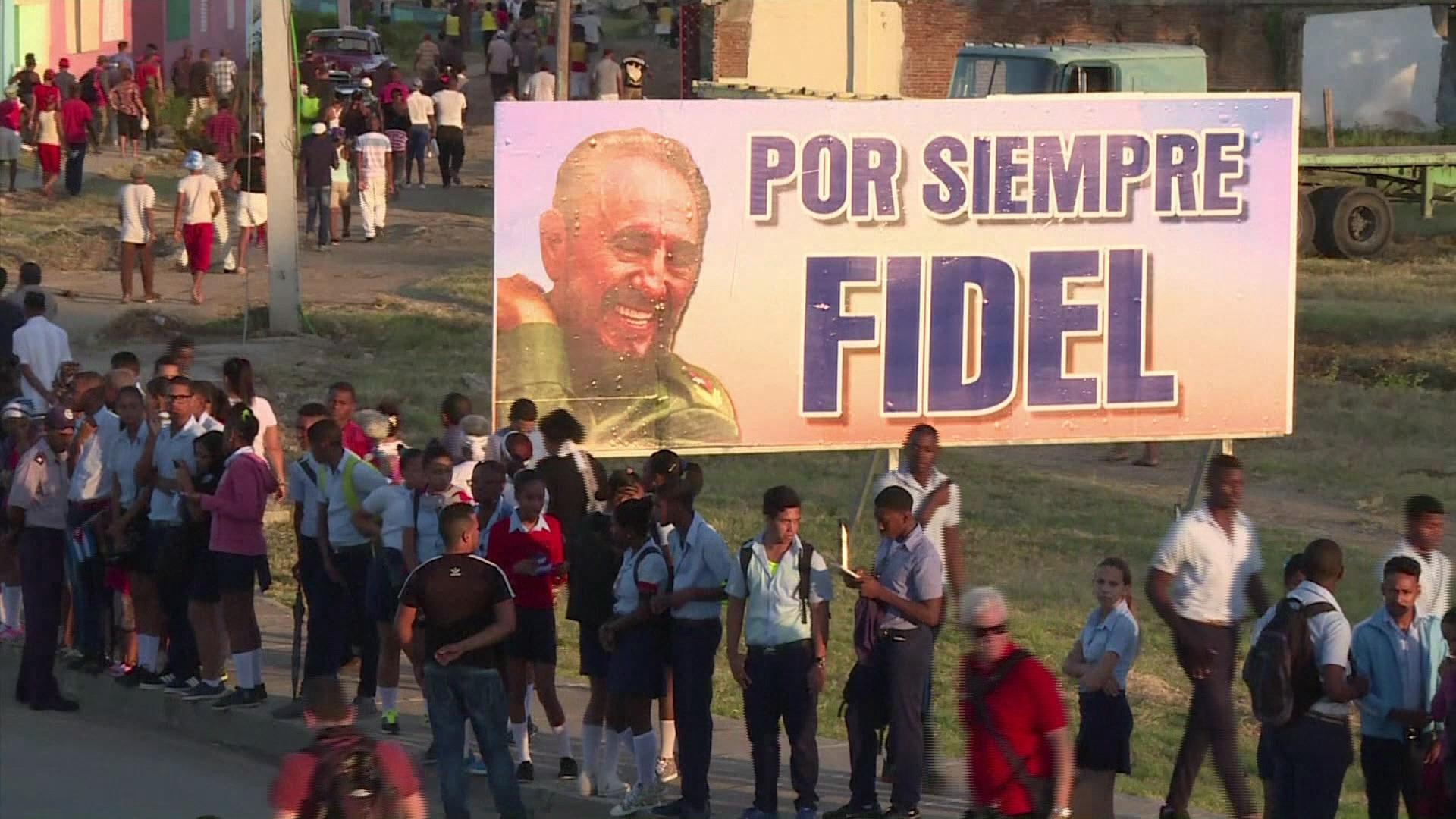 Fidel Castro é enterrado em Cuba