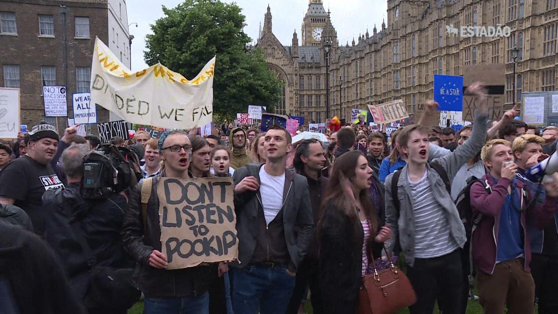 Londrinos protestam contra o Brexit