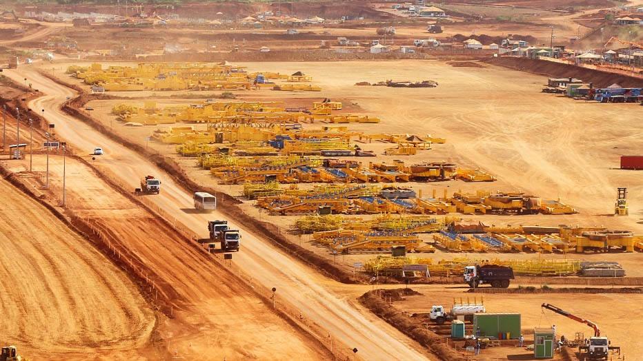 SCA5404 CANAÃ DOS CARAJÁS - ECONOMIA - ESPECIAL DOMINICAL - Fotos gerais da cidade de CANAÃ DOS CARAJÁS no sul do PARÁ, onde a mineradora VALE, desenvolve (NA FOTO) as obras de construção da usina do Projeto Ferro Carajás S11D9 .FOTO SERGIO CASTRO/ESTADÃO.