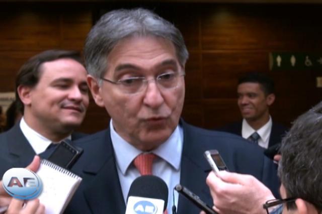 Investimento não vai ser exuberante no 3° tri, diz Pimentel