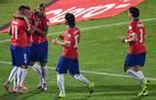 Eduardo Vargas foi decisivo na classificação do Chile contra o Peru.