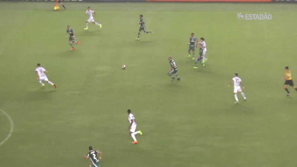 Palmeiras vence o Santos de virada por 2 a 1