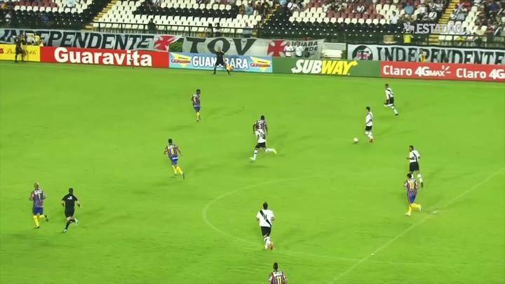 Vasco vence o Madureira em casa; veja os gols