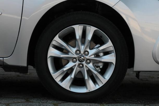 5 razões para comprar e 5 para não comprar o Toyota Corolla