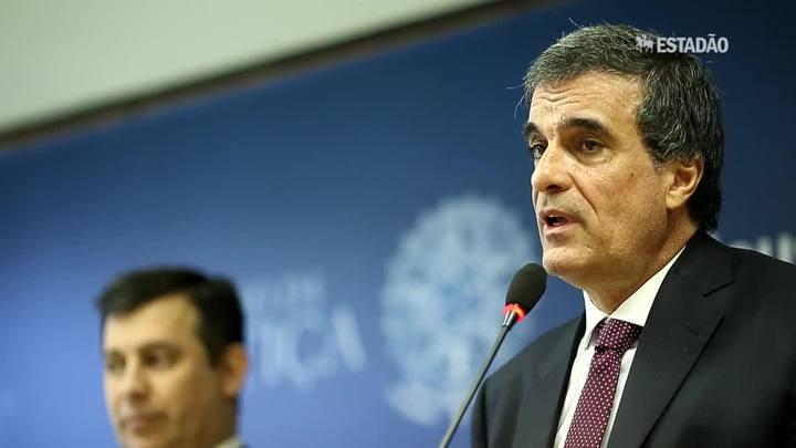 """""""Não vejo problema em ser convocado pela CPI da Petrobrás"""", diz ministro da Justiça"""