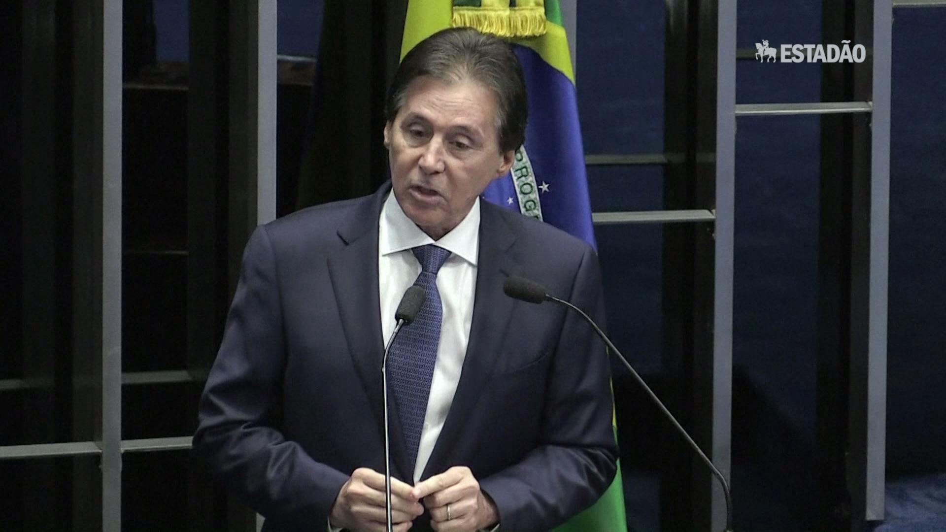 Eunício Oliveira: 'é hora de unir e não de dividir'