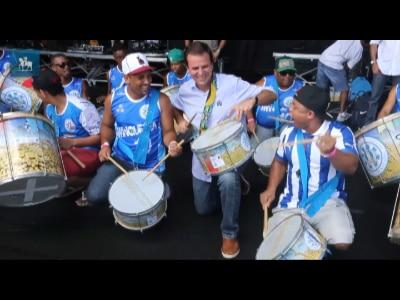 Eduardo Paes confere preparativos para festa do Réveillon de Copacabana