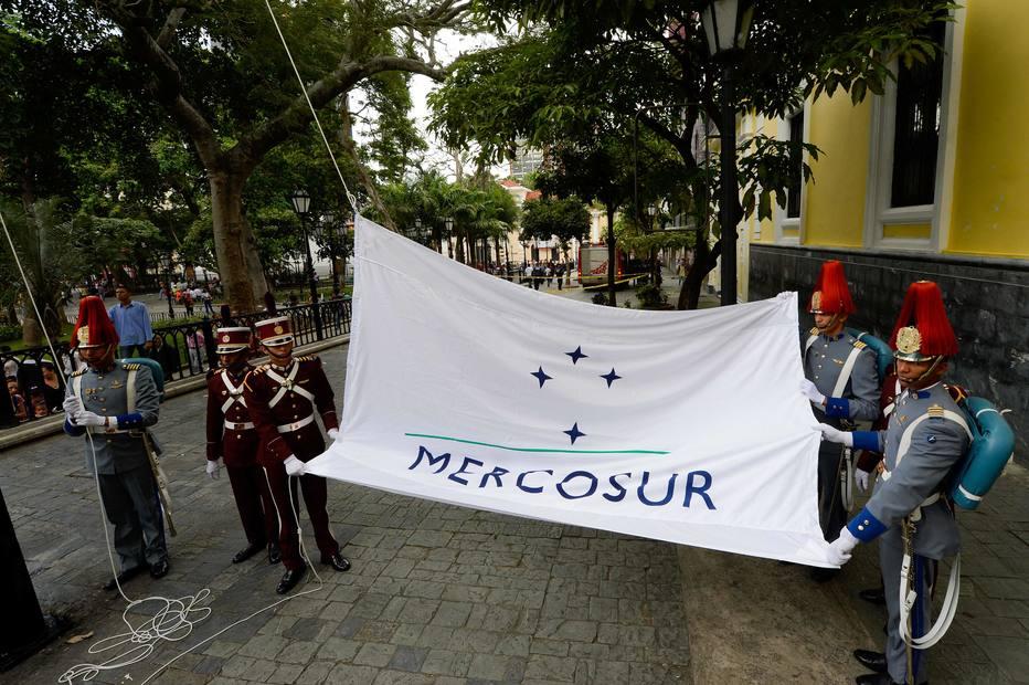 Mercosul alerta para 'ruptura da ordem democrática' na Venezuela