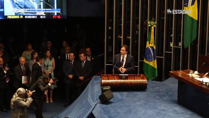 Eunício Oliveira é eleito presidente do Senado em acordo entre partidos