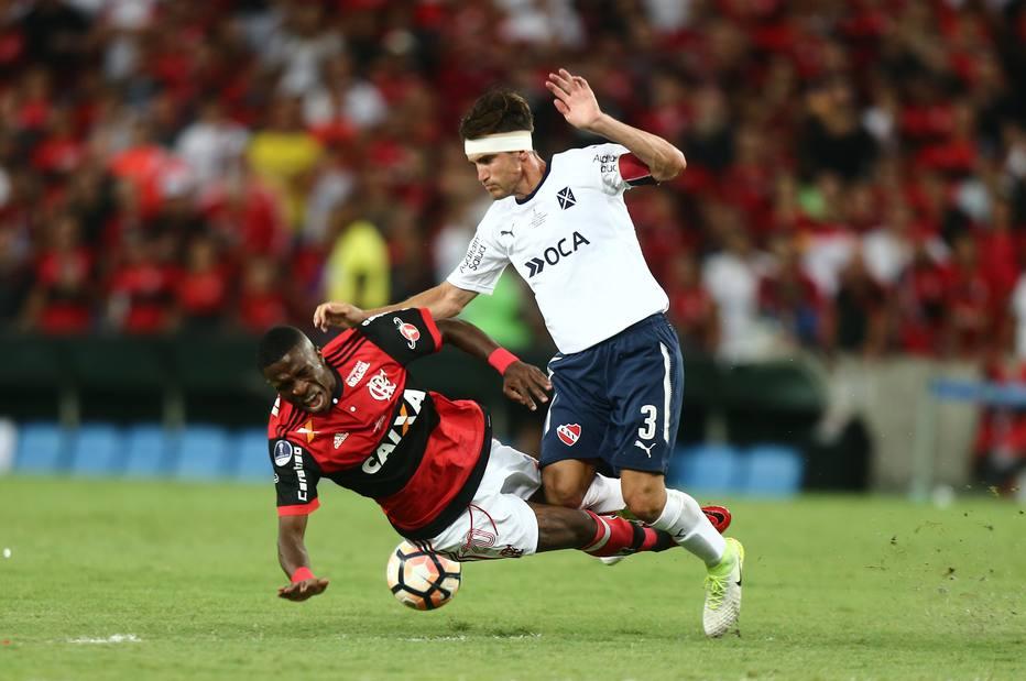 Vice do Fla deixa Vasco na fase preliminar e Atlético-MG fora da Libertadores