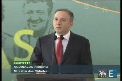 Aguinaldo Ribeiro toma posse no Ministério das Cidades