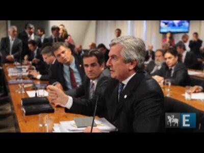 """Para Collor, """"Roberto Gurgel faz de processos moeda de troca"""""""