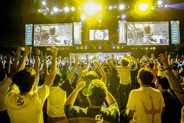 Pro League, o torneio de games que acontece no Ginasio do Ibirapuera: mercado de jogos eletrônicos movimentou mais de R$ 3,2 bilhões em 2015