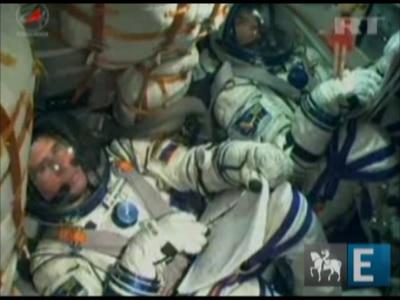Nave espacial russa Soyuz é lançada em direção à ISS