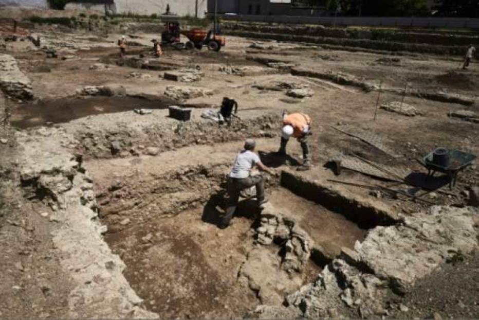 Arqueólogos descobrem ruínas de cidade do Império Romano 1501803014952