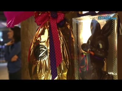 Família se prepara para faturar com chocolate de luxo às vésperas da Páscoa