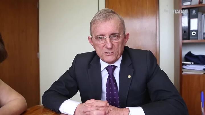Relator prevê aprovação com 'folga' da PEC do Teto na Câmara