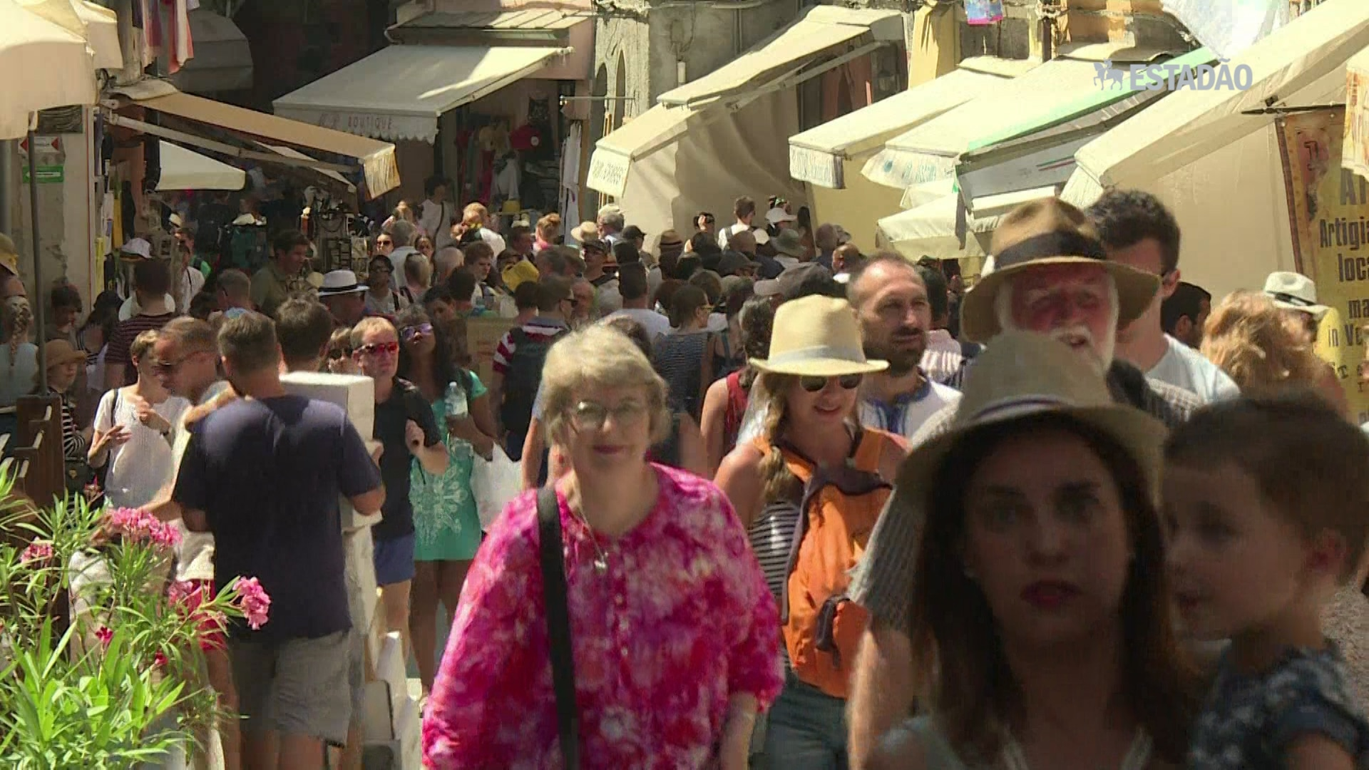 Itália pretende limitar turismo na Cinque Terre