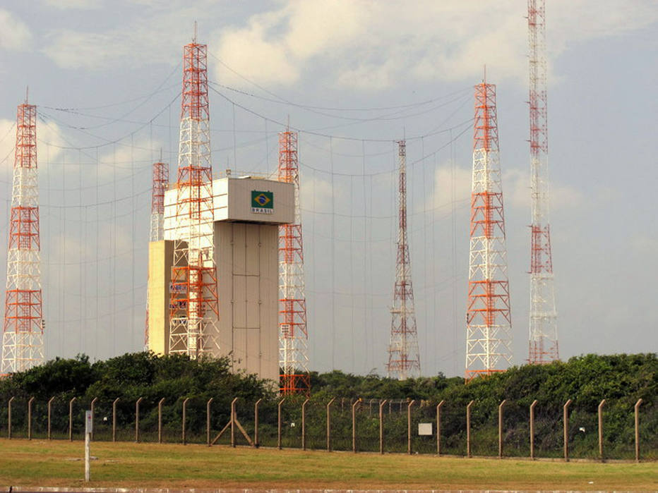 Brasil quer acordo para lançamentos de foguetes americanos na Base de Alcântara