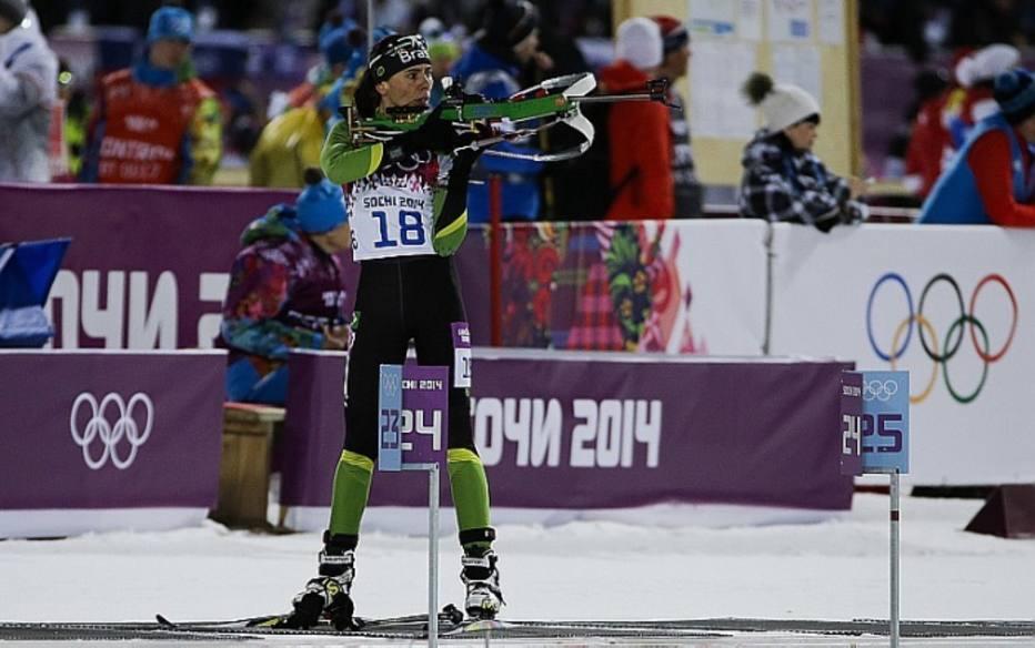 O Brasil estreou hoje sua participação nos Jogos Olímpicos de Inverno. Jaqueline Mourão conseguiu a 77ª posição na prova do biatlo. A brasileira também disputa o cross country.