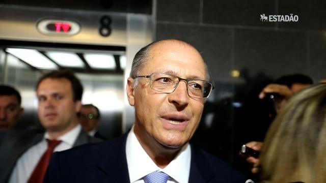 Alckmin diz que obras contra a crise hídrica v&ati