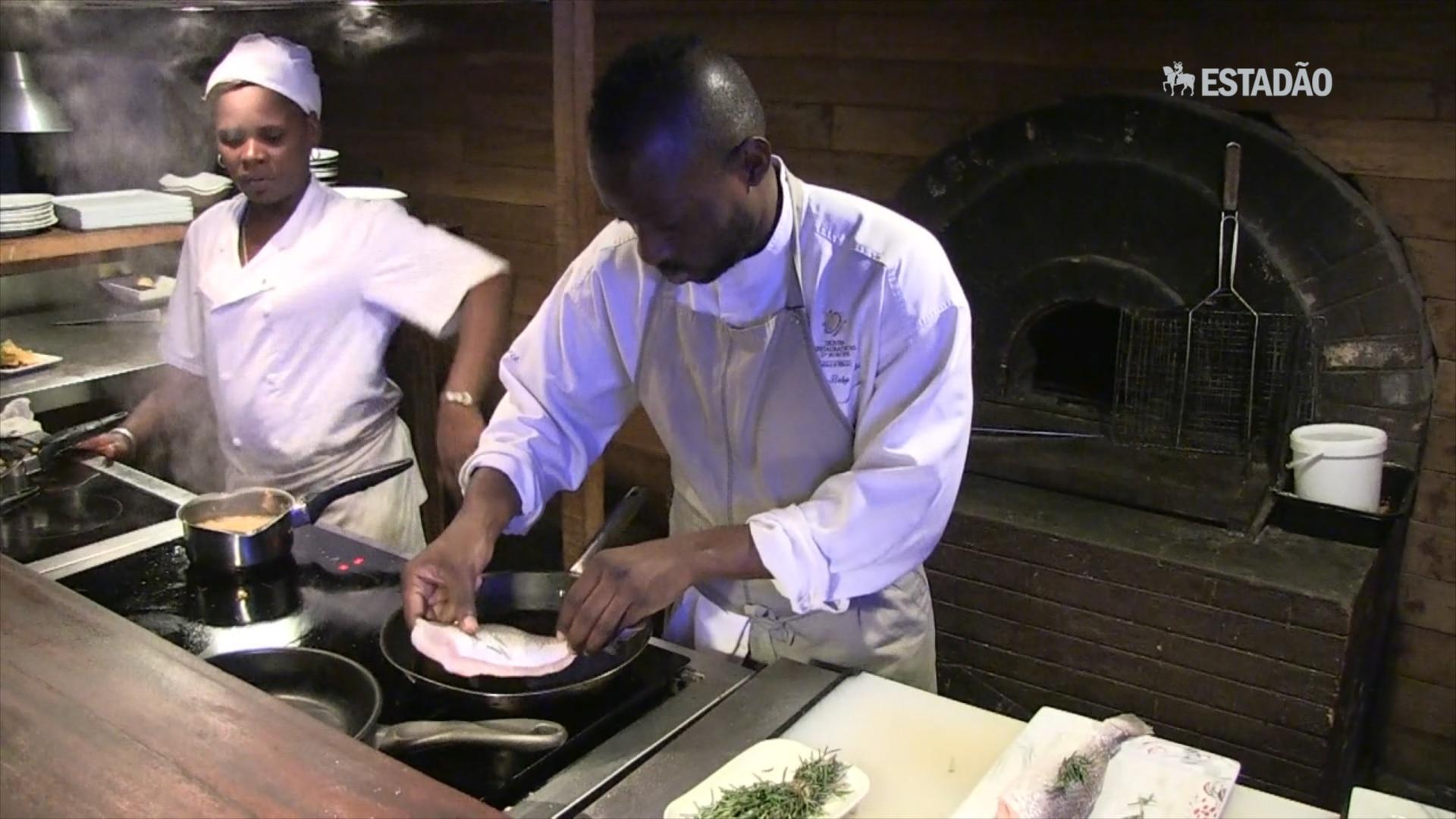Chef do Congo ganha destaque após retornar à África