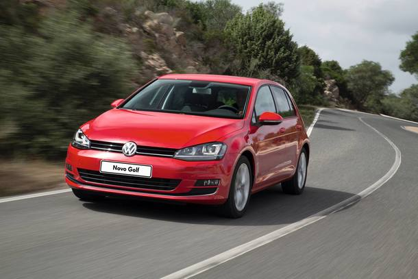 CERCA DE R$ 80 MIL - HATCH - VW GOLF COMFORTLINE - R$ 78.780