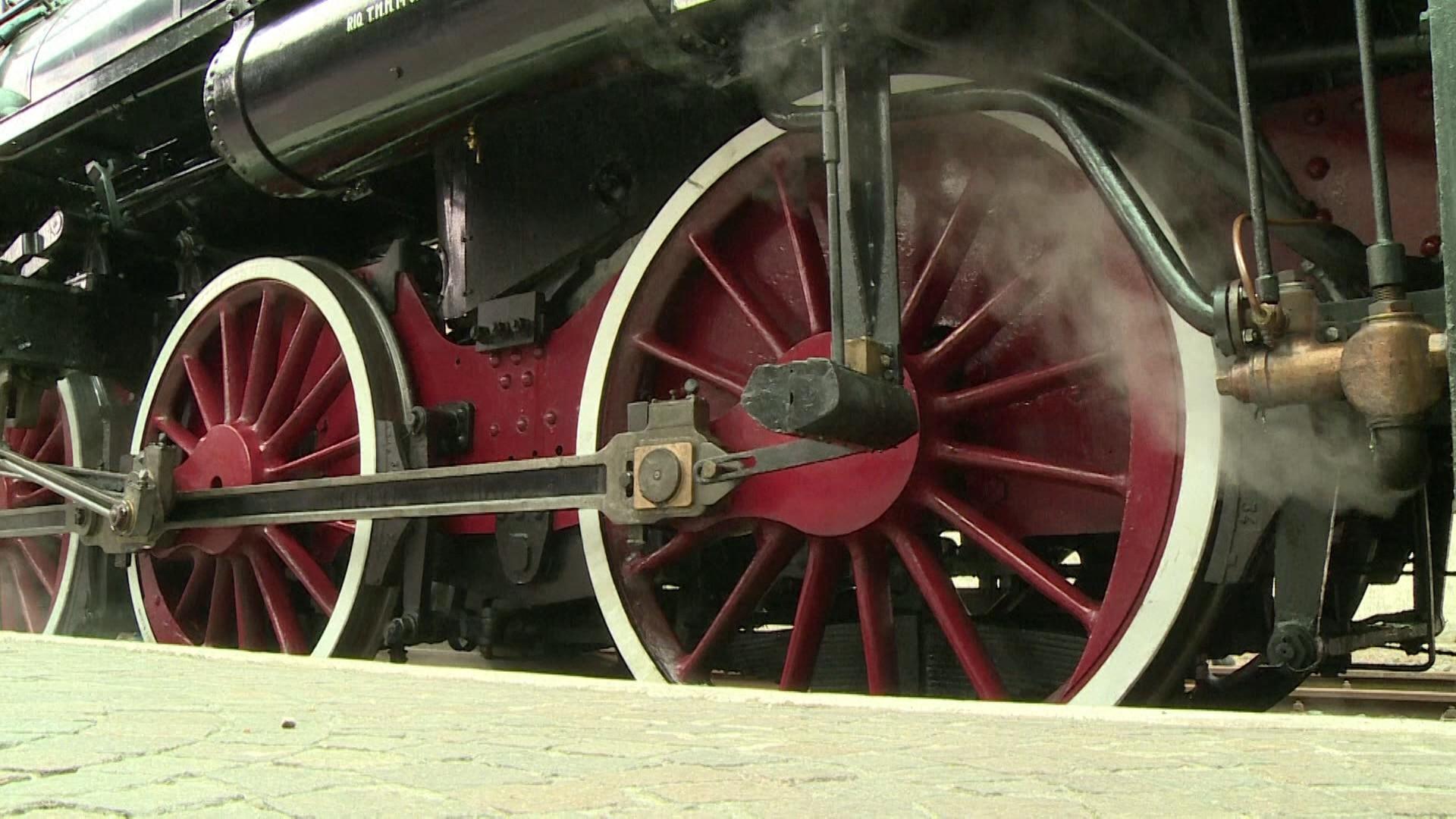 Trem do papa é aberto para turistas