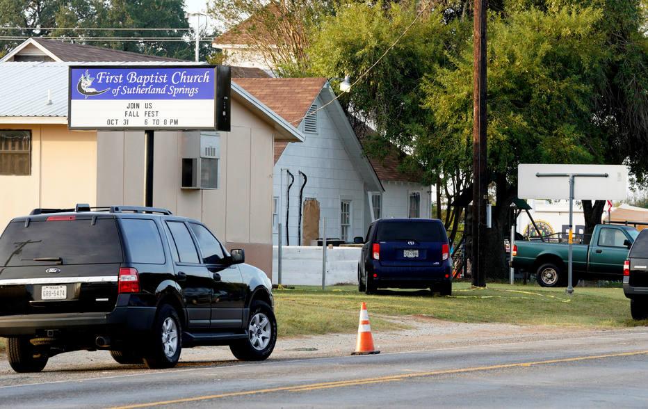 Homem que abriu fogo em igreja no Texas se matou após perseguição, diz chefe de polícia