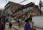 Houve informações de devastação nas áreas montanhosas isoladas após o terremoto de magnitude 7,8, o pior em 81 anos, com seu epicentro a 80 km da segunda maior cidade do Nepal, Pokhara