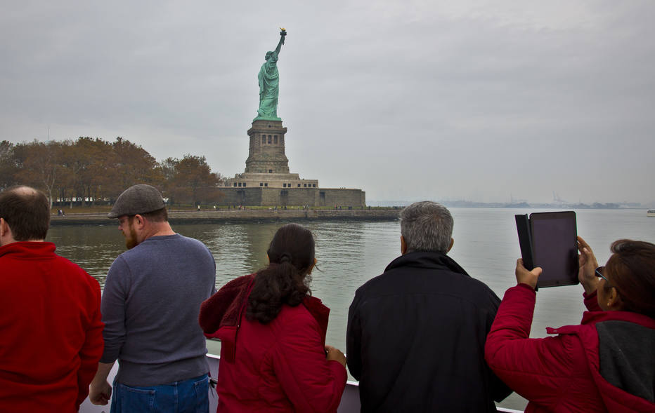 Estátua da Liberdade é fechada após paralisação do governo americano