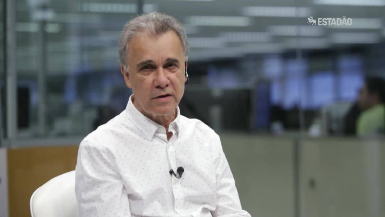Especialistas comentam as manifestações contra o governo Dilma Rousseff