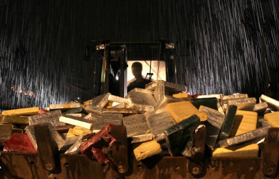 Duas toneladas de maconha foram apreendidas no Complexo do Alemão, na Zona Norte do RJ