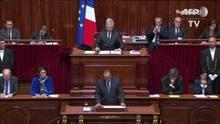 Hollande traça plano contra terror