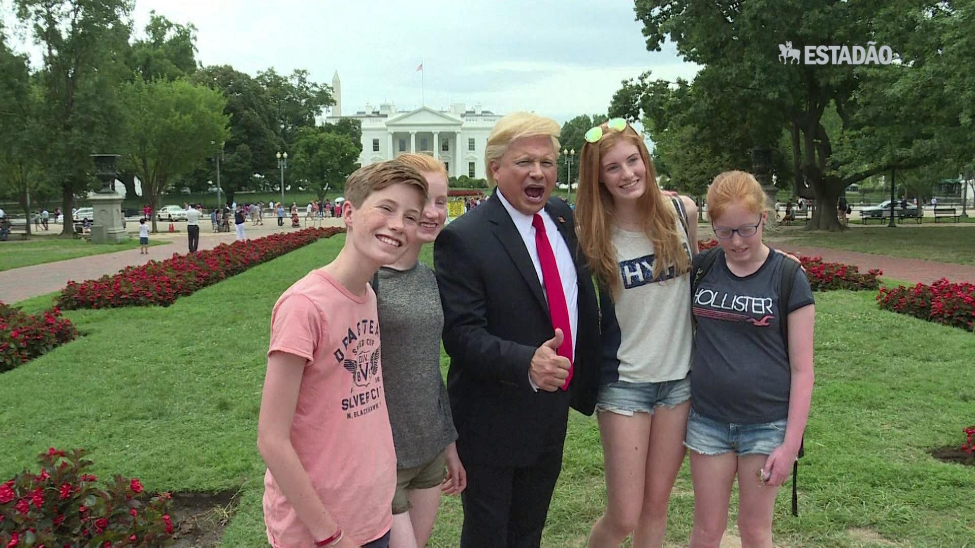 Imitador de Trump fatura alto