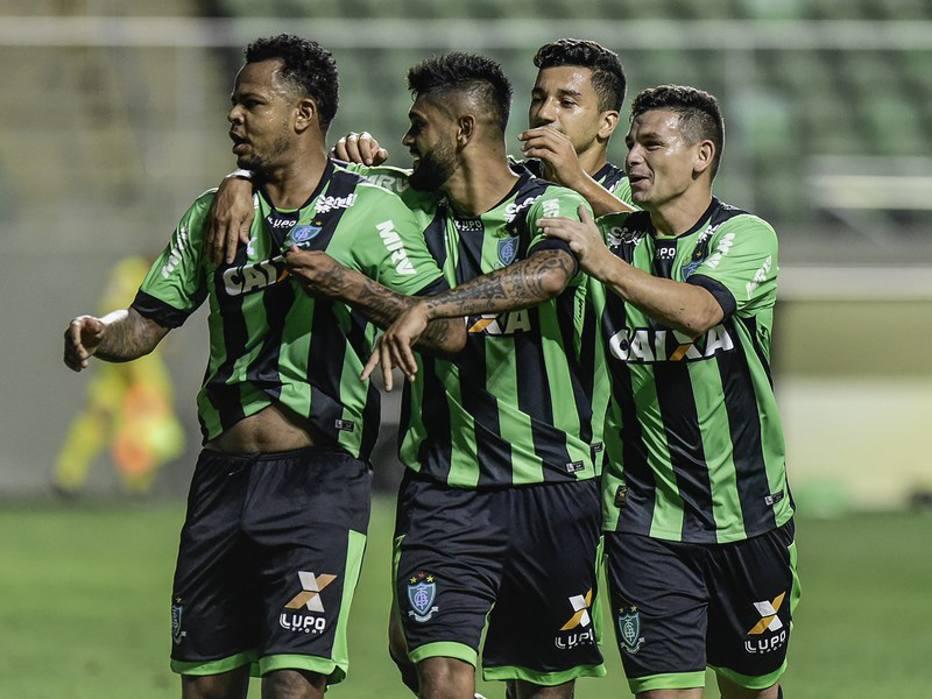 América-MG arranca empate contra o Paraná e reassume a vice-liderança da Série B