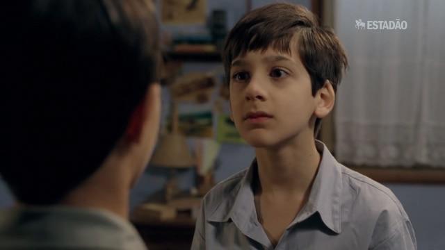 """Assista ao trailer de """"O Menino do Espelho"""""""