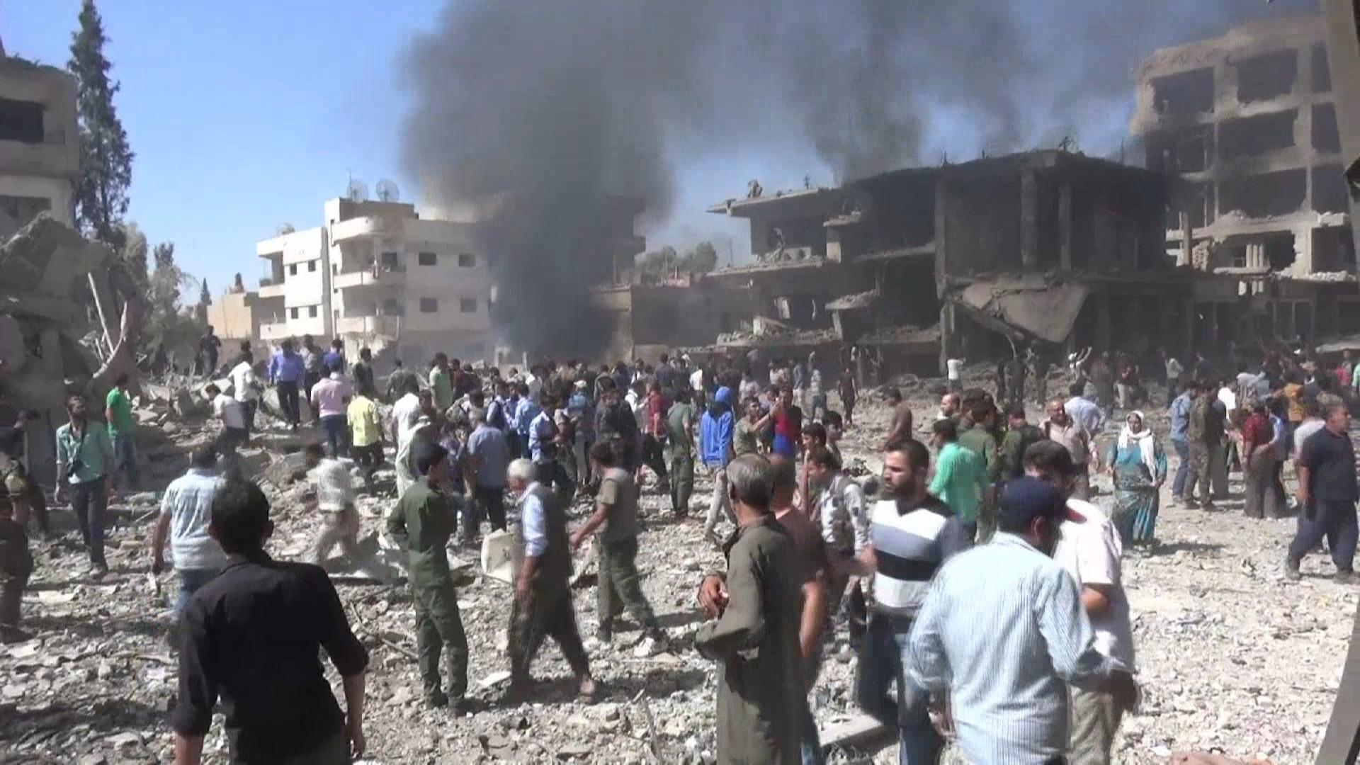 Atentado do EI na Síria deixa dezenas de mortos