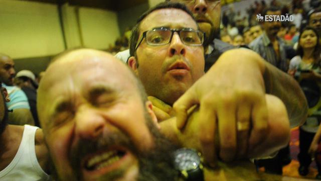 Fotógrafo é agredido em assembleia dos metroviários