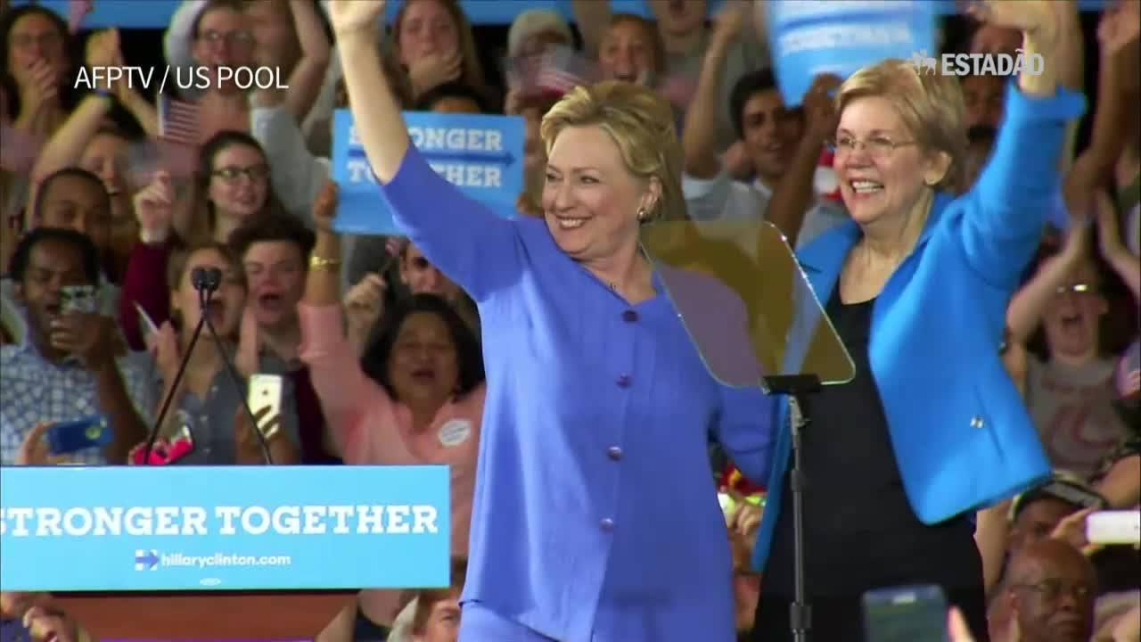Clinton aparece com Warren pela primeira vez