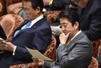 Para o primeiro-ministro japonês, Shinzo Abe, lançamento de satélite norte-coreano seria forma de encobrir teste de míssil balístico