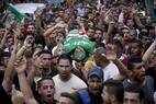 Palestinos participam de enterro de militante do Hamas morto na cidade de Jenin por forças israelenses