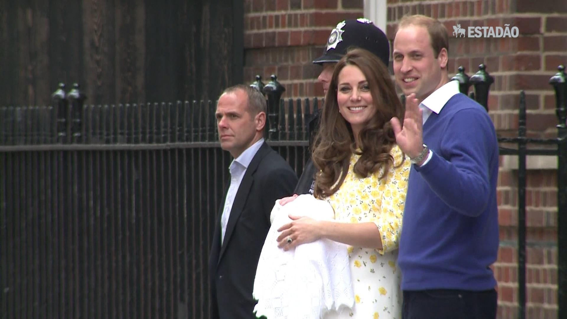 Casal real apresenta nova princesa