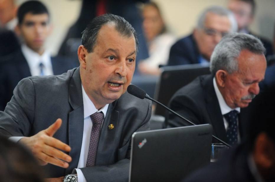 Omar Azis