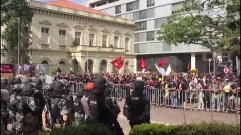 Votação de pacote anticrise no RS tem novo dia de confrontos