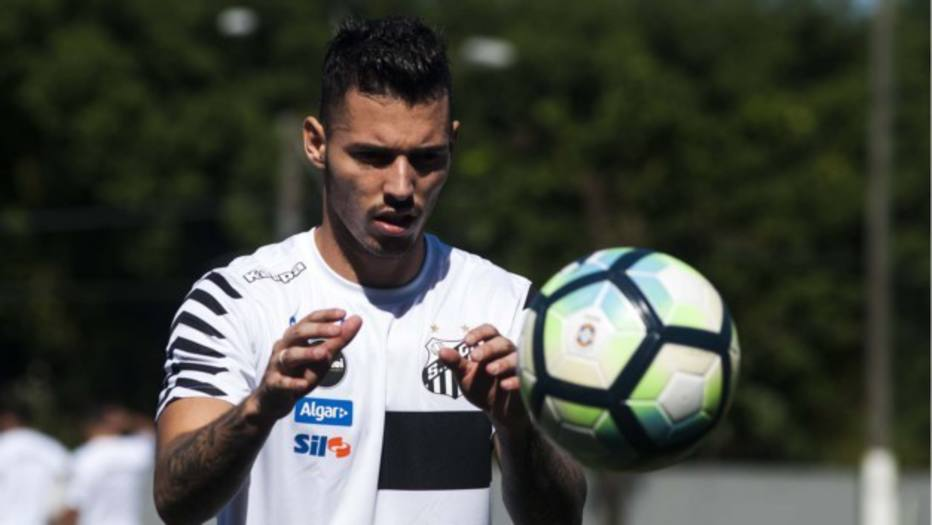 Zeca aciona a Justiça para rescindir contrato com o Santos
